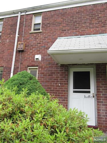 1267 Anderson Avenue, Unit 15, Fort Lee, NJ 07024