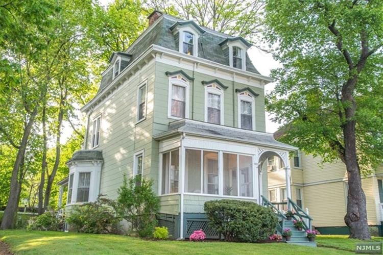 62 Forest Street, Montclair, NJ 07042