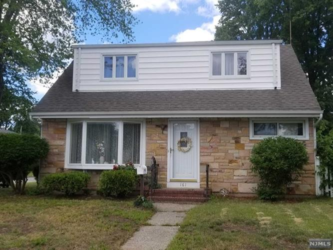 161 Cambridge Avenue, Saddle Brook, NJ 07663