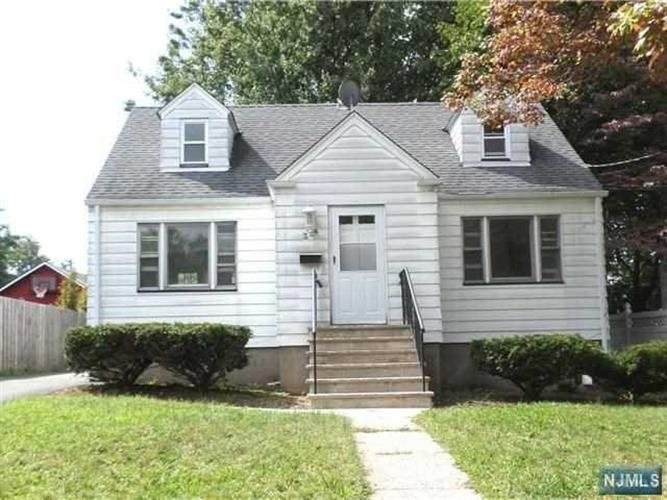 2-24 27th Street, Fair Lawn, NJ 07410