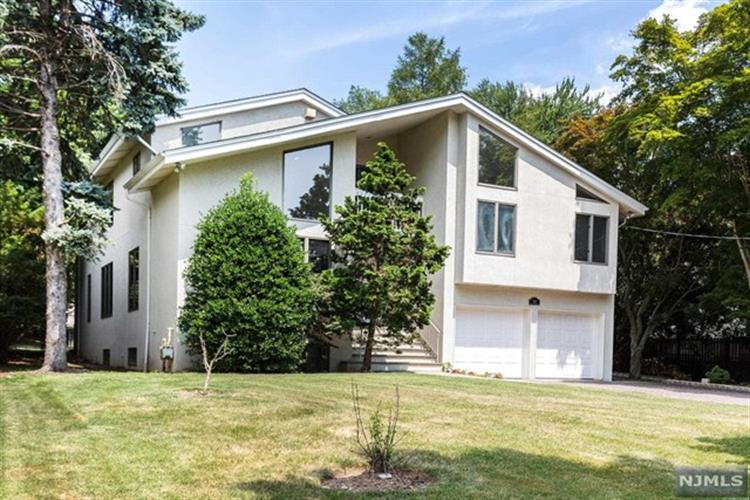 463 Homans Avenue, Closter, NJ 07624 - Image 1
