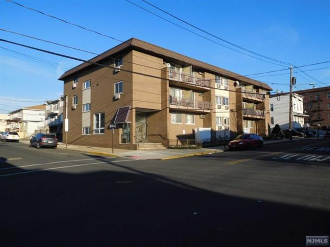 423 Walker Street, Unit b3, Fairview, NJ 07022