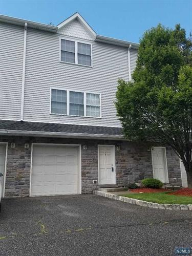 124 Home Place, Unit 14, Lodi, NJ 07644