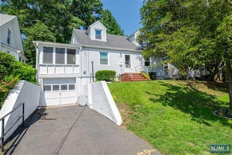 53 Roosevelt Avenue, West Orange, NJ 07052
