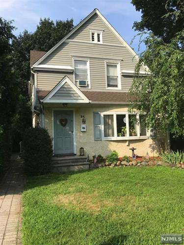 24 Ridge Avenue, Park Ridge, NJ 07656