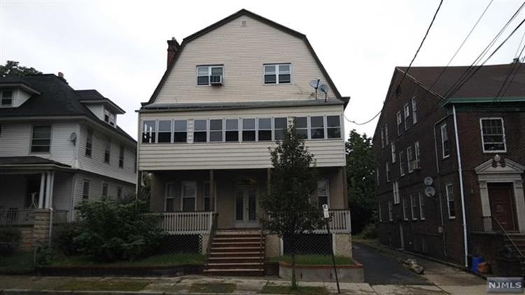 17-19 Vernon Avenue, Newark, NJ 07108