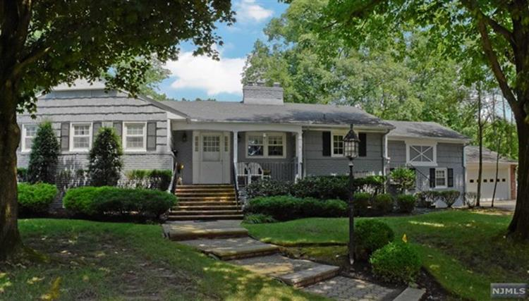 1 Cavell Place, West Caldwell, NJ 07006 - Image 1