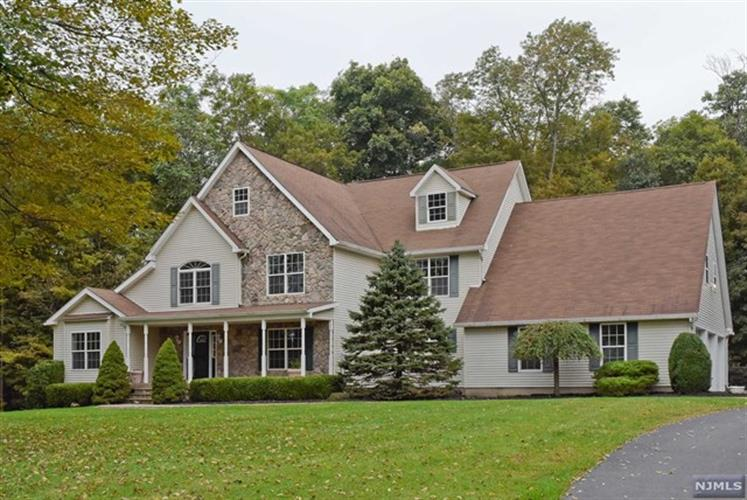 5 Heron Way, Green Twp, NJ 07821 - Image 1