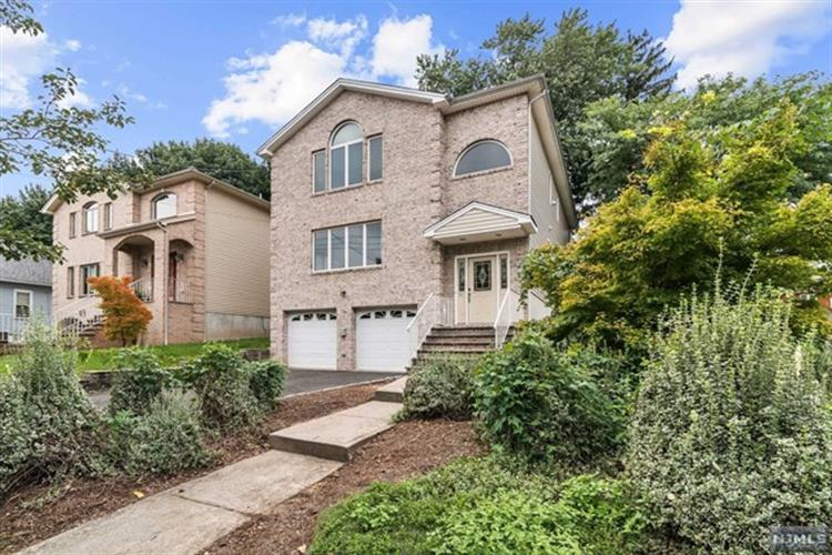 594 Anderson Avenue, Wood Ridge, NJ 07075