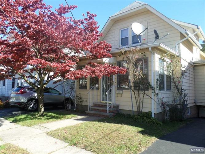 426 Dewitt Avenue, Belleville, NJ 07109