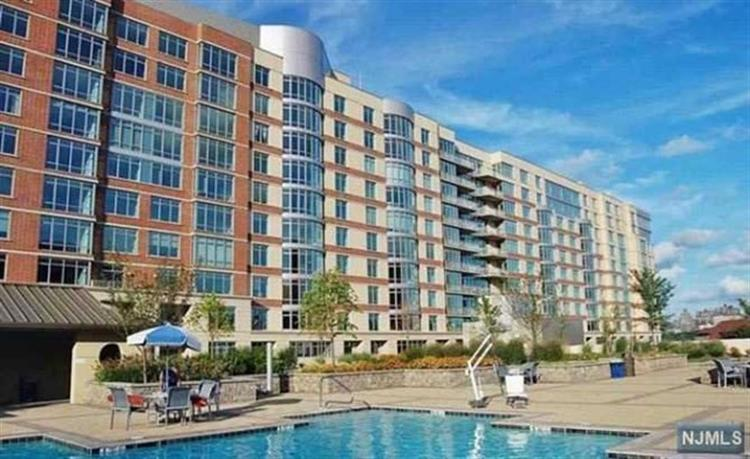 8100 River Road, Unit #813, North Bergen, NJ 07047 - Image 1