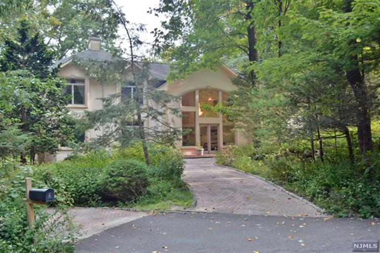 27 Sky Meadow Road, Suffern, NY 10901 - Image 1