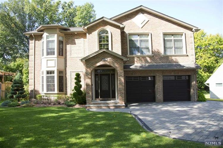 399 Willard Road, Paramus, NJ 07652 - Image 1