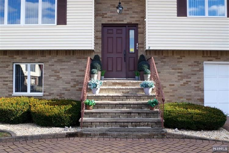 8 Rosario Court, Saddle Brook, NJ 07663 - Image 1