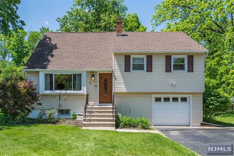 94 Farmingdale Road, Wayne, NJ 07470 - Image 1