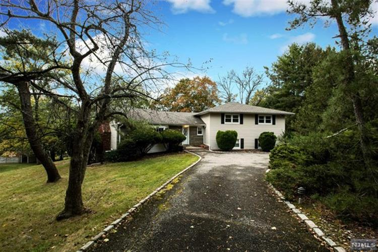 96 North Hillside Avenue, Livingston, NJ 07039 - Image 1