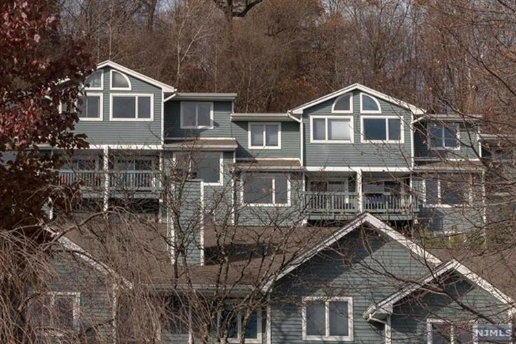 66 Skyview Terrace, Clifton, NJ 07013 - Image 1