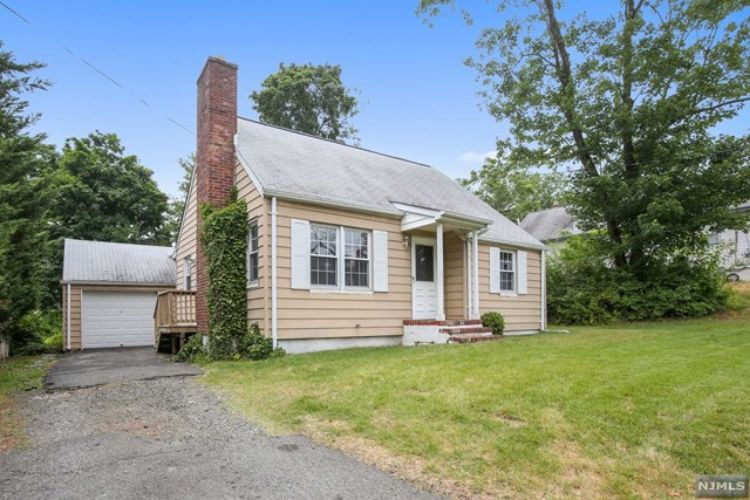 131 West Hanover Avenue, Morris Plains, NJ 07950 - Image 1