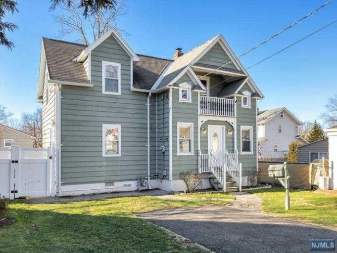168 4th Street Bergenfield Nj For Sale Mls 21000821 Weichert