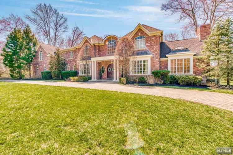 356 Indian Trail Drive, Franklin Lakes, NJ 07417 - Image 1