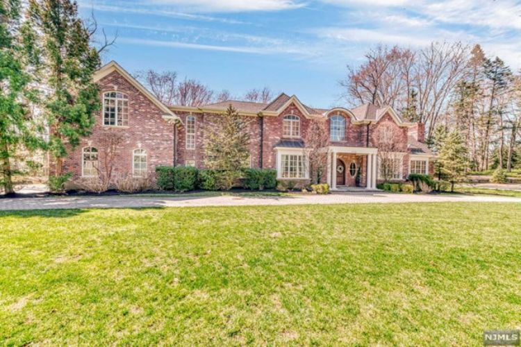 356 Indian Trail Drive, Franklin Lakes, NJ 07417 - Image 2