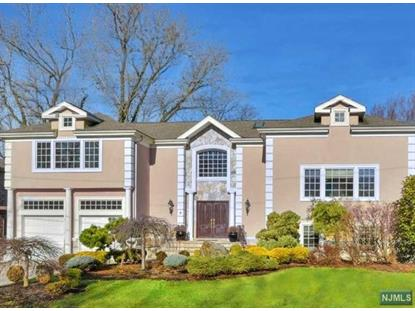 9 Cambridge Pl Englewood Cliffs, NJ MLS# 1611053