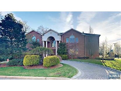 60 Lynn Dr Englewood Cliffs, NJ MLS# 1701705