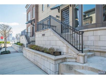 3 Oxford Lndg Weehawken, NJ MLS# 1716442
