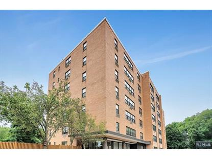 2348 Linwood Avenue, Unit 6O Fort Lee, NJ MLS# 1832432