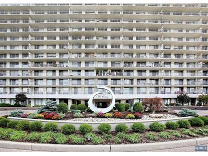 1530 Palisade Avenue, Unit 4m Fort Lee, NJ MLS# 1835514