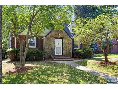 Elegant Homes For Sale In Teaneck Gardens, NJ