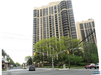 900 Palisade Avenue, Unit 8G Fort Lee, NJ MLS# 1900484