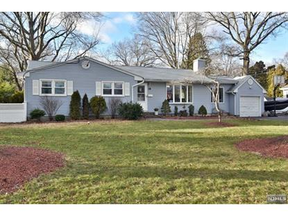 18 Highwood Road Ramsey, NJ MLS# 1901419