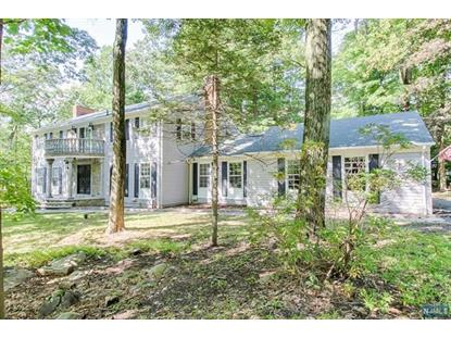 2 Black Oak Lane Kinnelon, NJ MLS# 1902273