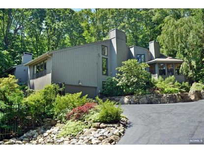 47 Round Hill Road Kinnelon, NJ MLS# 20017752