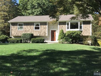 16 Meadow Lane Kinnelon, NJ MLS# 20044267