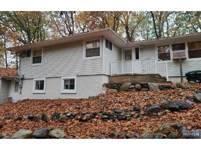 26 Tarn Drive Morris Plains, NJ MLS# 20046598