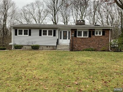 21 Stoney Brook Lane Jefferson Township, NJ MLS# 20051398
