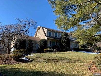 68 Burnwood Lane Upper Saddle River, NJ MLS# 21009351