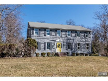 39 Mill Glen Road Upper Saddle River, NJ MLS# 21009825