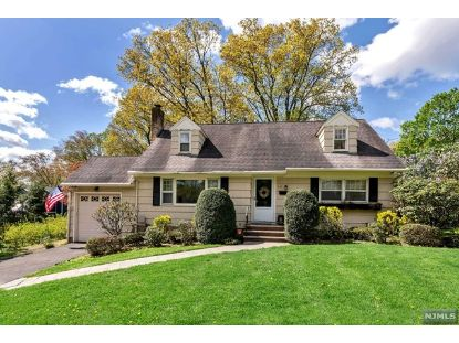 241 Eastview Terrace Wyckoff, NJ MLS# 21016757