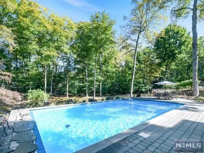 33 Gristmill Lane Upper Saddle River, NJ MLS# 21017211
