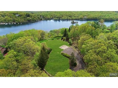 785 West Shore Drive Kinnelon, NJ MLS# 21017358