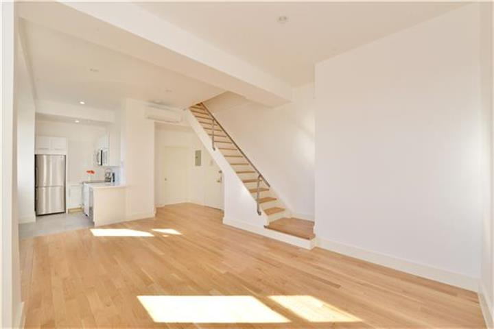 232 East 12th Street, New York, NY 10003