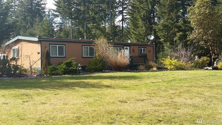 4916 Key Peninsula Hwy N, Lakebay, WA 98349