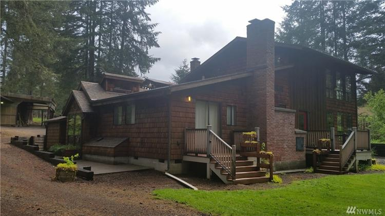 1018 Coal Creek Rd, Chehalis, WA 98532