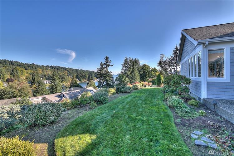 9404 Milton Ave, Gig Harbor, WA 98332