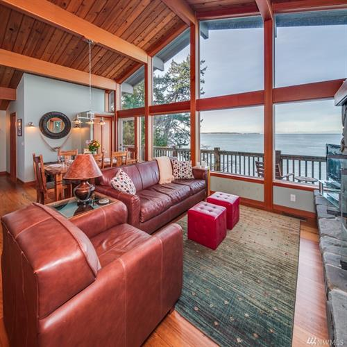 295 Raccoon Point Rd, Eastsound, WA 98245