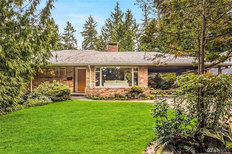 4048 89th Ave SE, Mercer Island, WA 98040