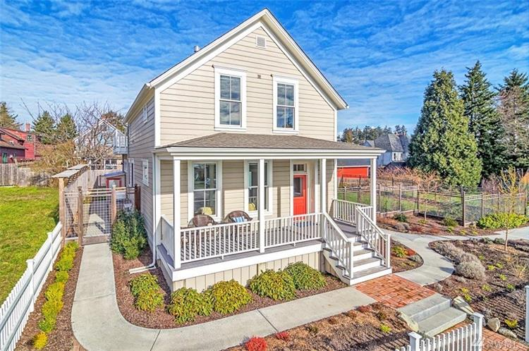 1104 Garfield St, Port Townsend, WA 98368